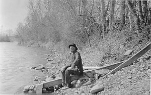 Salmon River at Salmon, ID 1924 sloping gage - USGS file photo